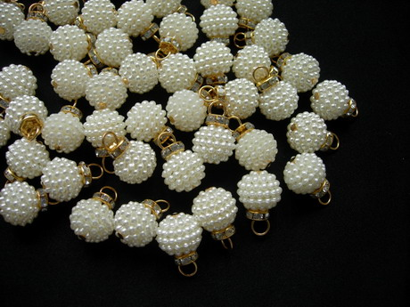 BA03 14mm Sugar Pearl Beads Button Cream Gold Loop Diamante 20pc