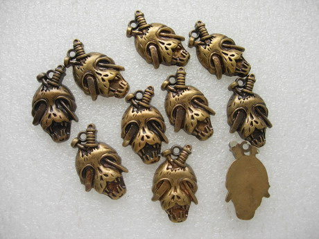 BK06 Antique Copper Tone Parite Skull Acrylic Charm 10pcs