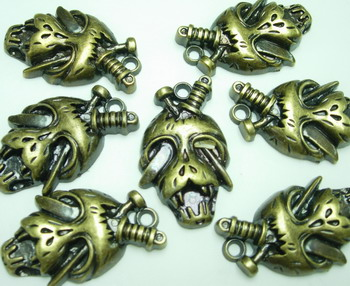BK06 Antique Copper Tone Parite Skull Acrylic Charm x5