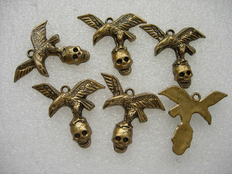 BK08 Eagle Skull Acrylic Antique Copper Tone Charm x5