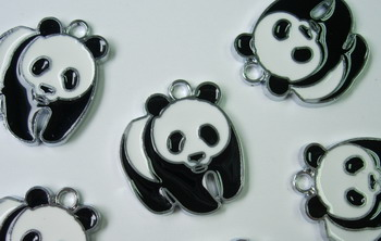 BK33 Panda Figure Pendant Charm Accessory Beaded x4