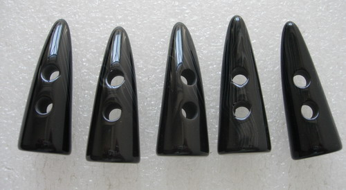 LU10 Natural Black Lucite Toggle Horn Buttons 2Holes Sewing 5pcs