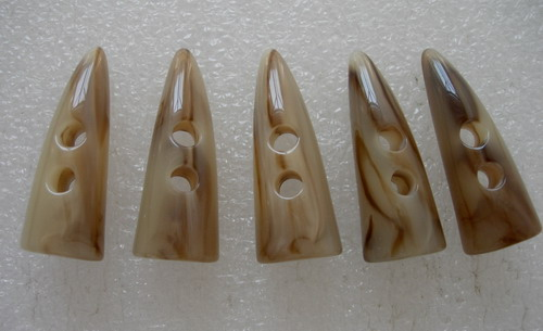 LU15 45mm Natural Lucite Toggle Horn Buttons Notions 2Holes 5pcs
