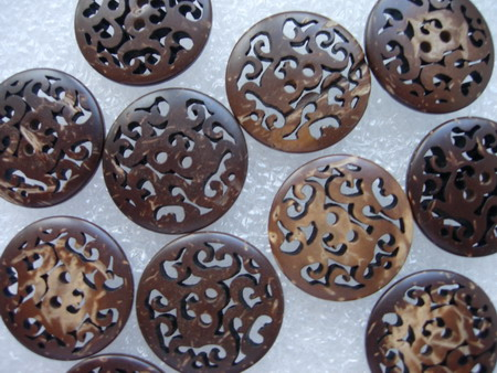BW02 20mm Floral Celtic 2Holes Wood Button Brown 10pcs