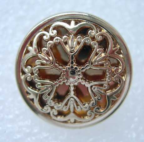 BZ25 22mm Celtic Flower Buttons Knots Light-Gold 4pcs