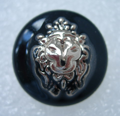 BZ29 24mm Lion Head Enamel Buttons Gold Black 4pcs