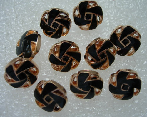 BZ34 11mm Fancy Enamel Blazer Button Gold Black 10pcs
