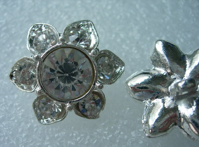 CY01 25mm Crystal Rhinestones Button Knot Petals Flower - Click Image to Close