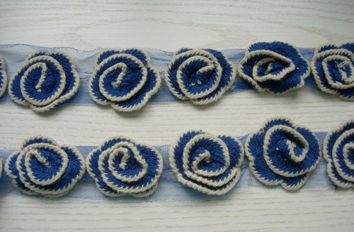 "CB03 2.5"" Layered Flower Crochet Stitch Banding Applique Blue 1Y"