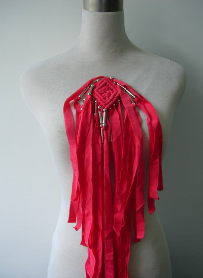 FN221 Trendy Tulle Fringed Braided Beaded Epaulette Motif Red