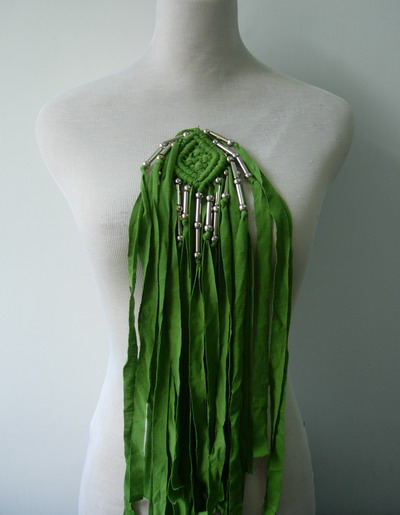 FN222 Trendy Tulle Fringed Braided Beaded Epaulette Motif Green