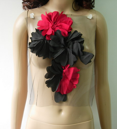 FN228 Shabby Frayed Floral Chifon Tulle Applique Red Black