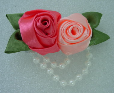 FN77 Multicolor Roses Flower Satin Pearls Applique Motif Brooch