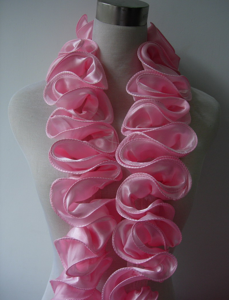 FT17 Satin Exaggerated Ruffled Rosette Banding Edging Pink 1yd