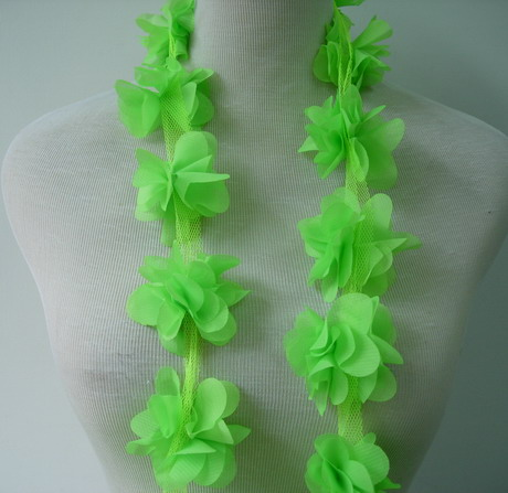 FT34 Petals Flower Rosette Chiffon Banding Trim Lime 1y - Click Image to Close