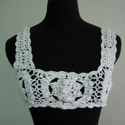 CF10 Hand Crochet Applique Motif White Top/Tan/Halter