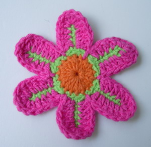 CR11-3 Crochet Flower Applique Motif Fuchsia 10pcs