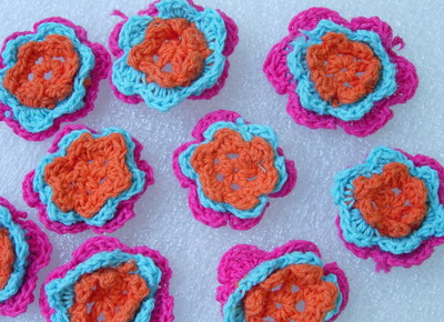 CR13-4 Crochet Flower Applique Motif 3 Layers Fuchsia 10pcs