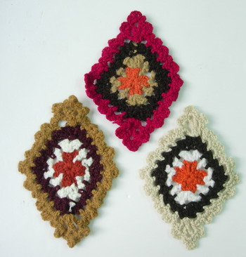 CR31 Crochet Knit Applique Celtic 4Tone Rhombus Motif Mix 3pcs