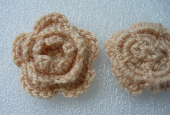 CR59-8 Wool Mohair Crochet Tier Flower Applique Motif Beige x5