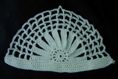 CR65 Semicircular Hand knitted Crochet Applique Motif White