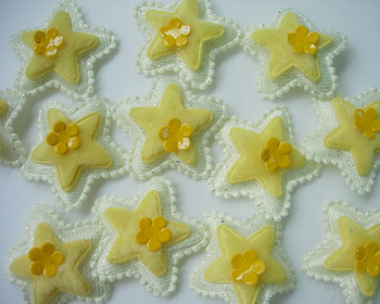 RZ56 Padded Velvet Applique Star Flower Yellow x20