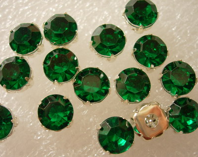 RM40 SS38 8mm Green Acrylic Round Gemstones with Setting x20