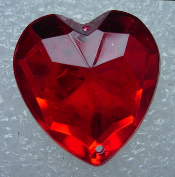 RA92 25x25mm Red Acrylic Heart Gemstones w/Holes Sew On 10pcs