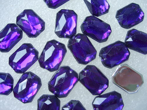 RA99 13x18mm Purple Octagon Acrylic Gemstones Sew On 20pcs