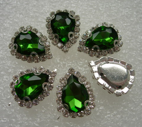 RM106 10x14 Green Teardrop Crystal Diamante w/Setting 6pc