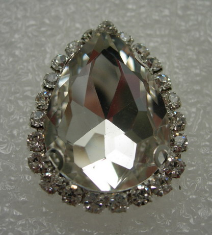 RM115 18x25 Teardrop Gemstone Diamante w/Setting Crystal