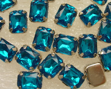 RM19 10x8mm Aqua Acrylic Octagon Gemstones with Setting 20pcs