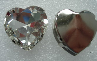 RM71 27x27mm Clear Heart Shape Glass Rhinestone Diamante Setting