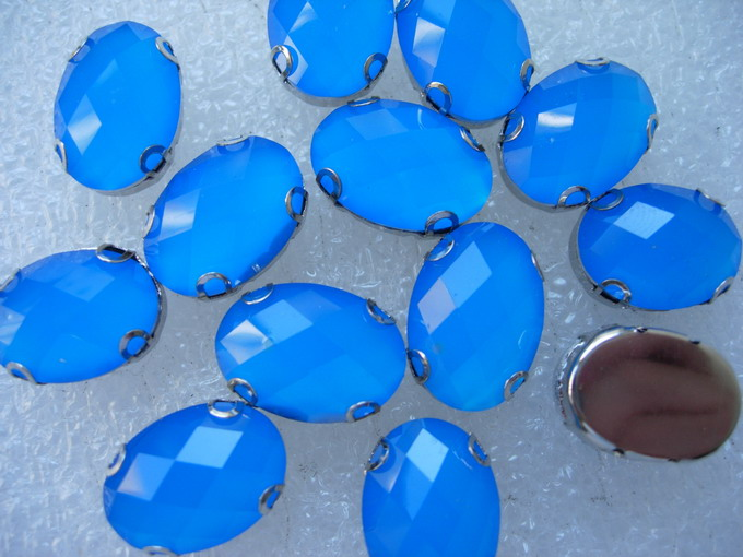 RM76 13x18mm Neon Blue Resin Gemstones with Setting x20