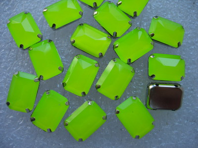 RM96 10x14mm Neon Lime Resin Octagon Gemstones w/ Setting x20