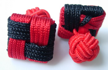 CU07 Square Silk Knot Log Cufflinks Cuff Links Red /Black