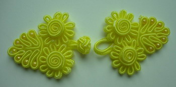 FG150 Chinese Frog Closure Buttons Daisy Bead Knots Yellow 10pr