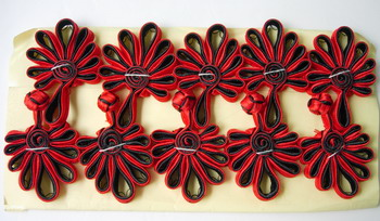 FG232-2 Ribbon Chinese Fan Frog Closure Buttons Red Black 5