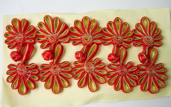FG232-3 Ribbon Chinese Fan Frog Closure Buttons Red Gold 5p
