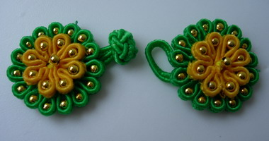FG307 Green Yellow Flower Beaded Frog Closure Knots Buttons 10pr