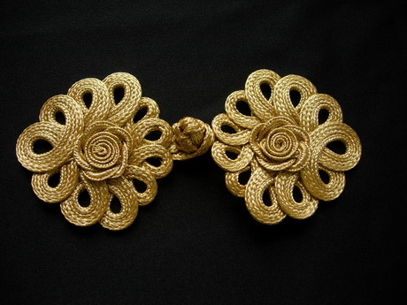 FG355 Metallic Gold Trim Rose Loops Corded Closured Knot Button