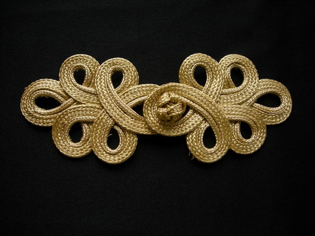 FG356 Metallic Gold Trim Loops Corded Closured Knot Button