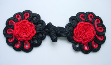 MR21-4 Briaded Loops Rose Cord Knots Button Black Red