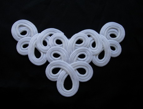 MR210 White Braided Loopy Cord Applique Motif Sew On Dress