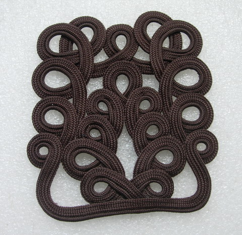 MR63-2 Loops Celtic Corded Applique Motif Decoration Brown