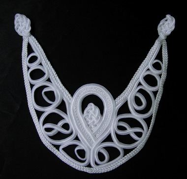 MR77-2 Macrame Loopy Braided Necklace Collar White