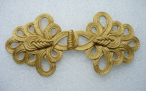 MR95-4 Chinese Pipa Loops Macrame Closures Knots Gold