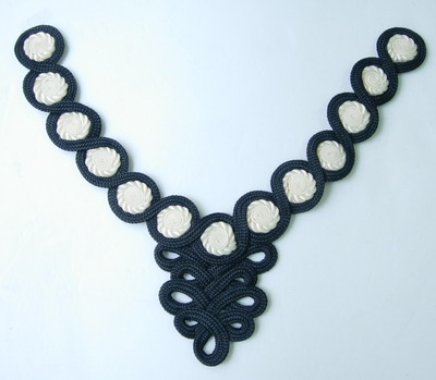 MR96 Macrame Flowers Necklace Collar Black Handmade Jewel