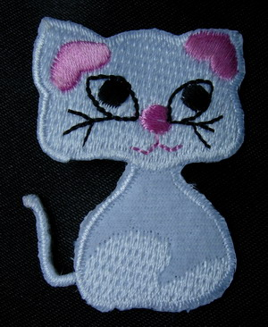 PC112 Glamour Cat Kitten Embroidered Iron On Patch