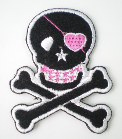 PC22 Pirate Skull Cross Embroidery Patch Applique Iron On